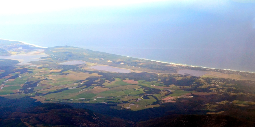 Swartvlei, Rondevlei, Bo-Langvlei and Island Lake with Ocean in Background